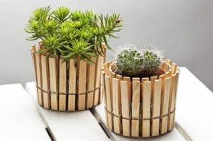DIY 4 - Vaso com molas de madeira
